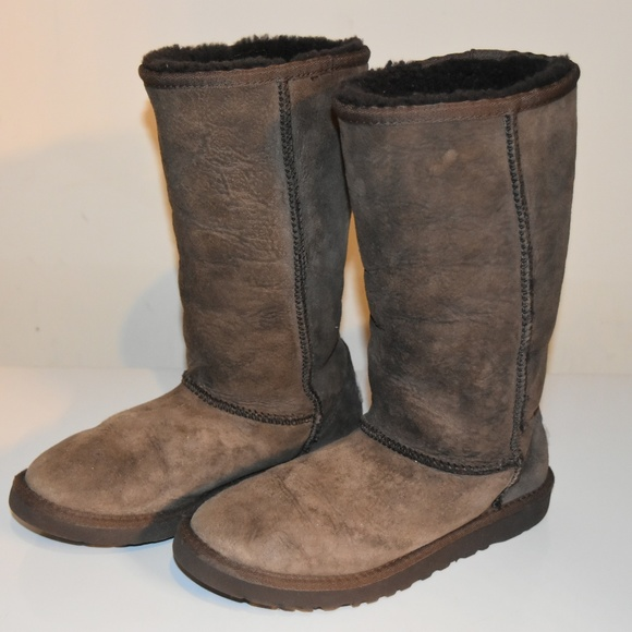 aea9ee5a87c UGGS leather boots - size USA 3 - Brown